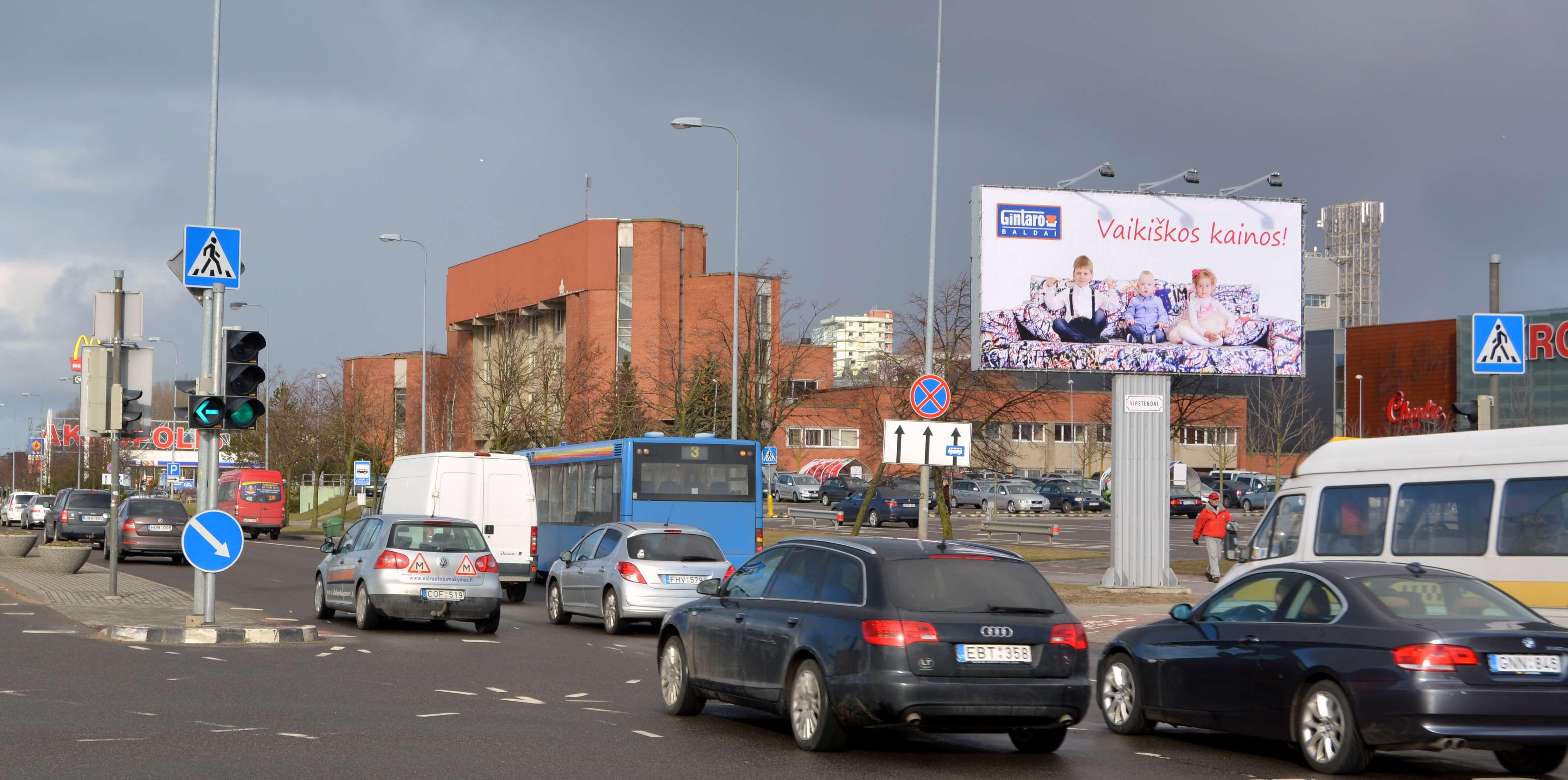 Reklaminiai stendai. Reklaminis stendas 6x3m. Lauko reklama Klaipėdoje.